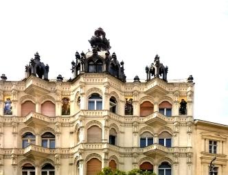 Budapest Bldg4